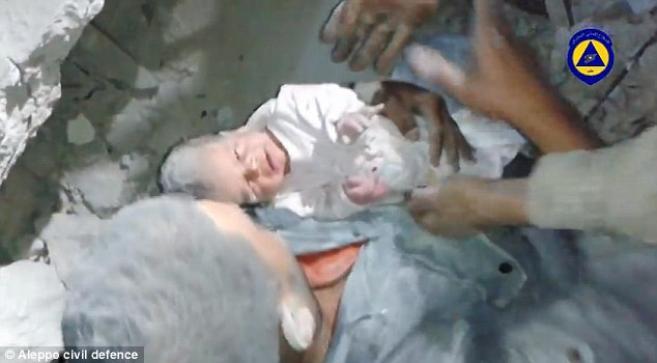 спасено бебе